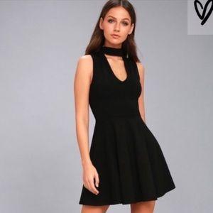 EUC Lulu's Black Skater Dress w/ Choker Size Large